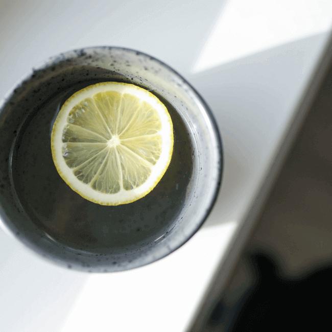 6. Try an Ayurvedic diet method & Drink hot lemon water with dinner.