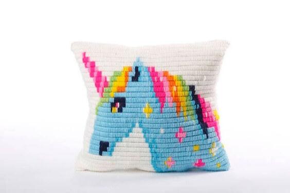 homemade crafts that make money, unique homemade pillows to make for money