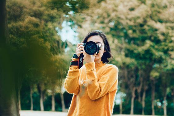 Sell your own photography, one of 7 ways to make a passive income online via @everythingabode
