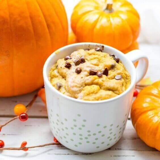 Gluten Free Pumpkin Spice Mug Cake via @everythingabode