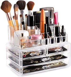 Keep your makeup in pretty organizers