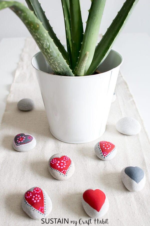 Valentine's Craft Idea #3.PAINTED MANDALA HEARTS - Everything Abode