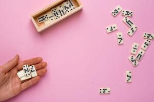 play board games indoor hobbies, fun indoor hobbies in winter