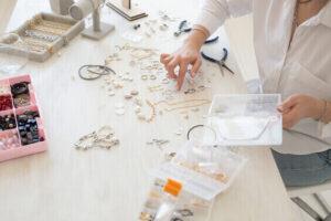 unique indoor hobbies for women making jewelry