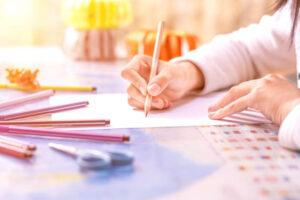 drawing as fun indoor winter hobbies for women