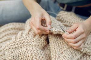 knitting indoor hobby, popular winter hobbies