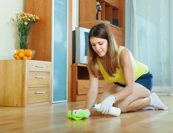 polish hardwood floors to keep home smell good